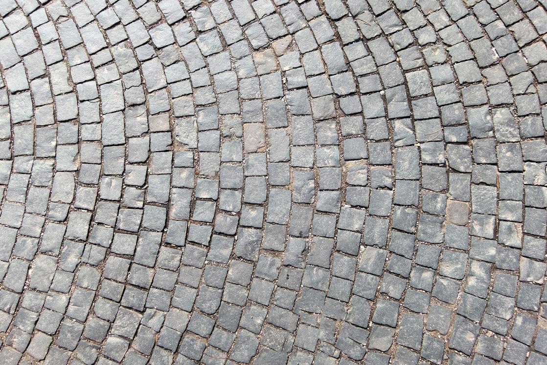 pflasterarbeiten kleine steine grosser kreis